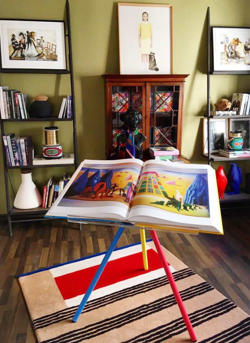 AMAZING-book-on-the-artworks-of-DAVID-HOCKNEY-A-BIGGER-BOOK